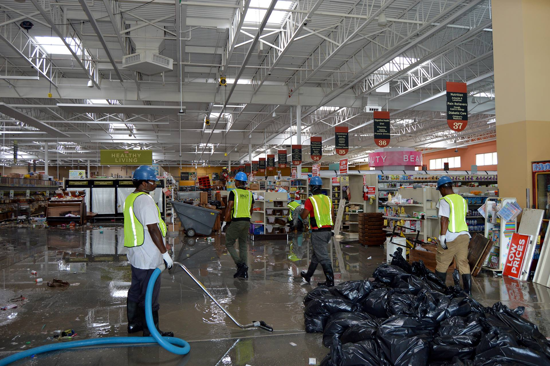 Hurricane Harvey Aftermath Servicemaster Kingwood H E B