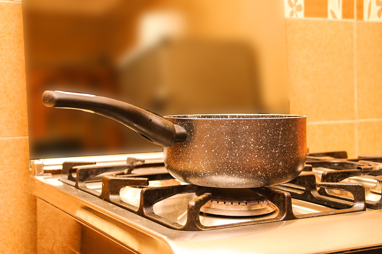 Proper Cooking Oil Disposal Can Prevent Plumbing And Flooding Problems